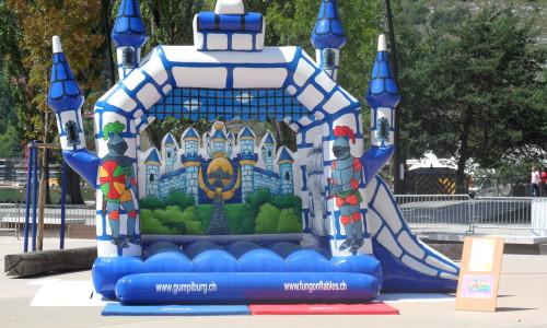 Château gonflable Les Chevaliers bleus
