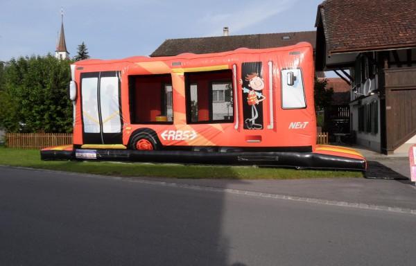 Château gonflable Bus