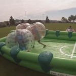 bumper ball mit fussballfeld mieten